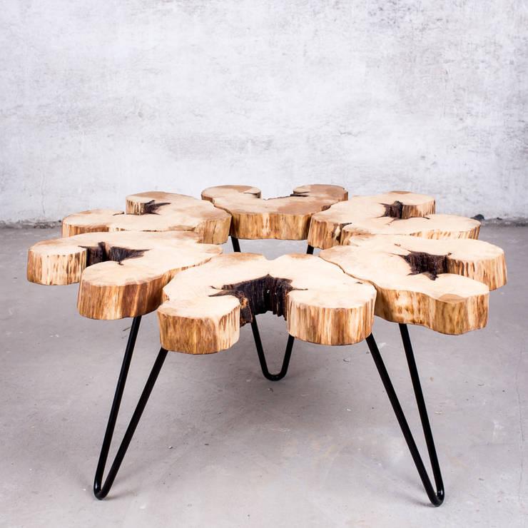 Stolik kawowy z drewna grabu. Onetree 6.: styl , w kategorii Salon zaprojektowany przez Onetree