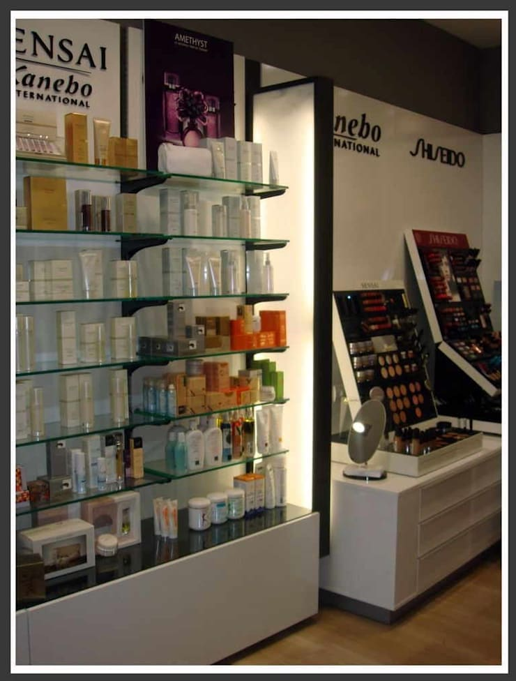 Perfumería Essence: Espacios comerciales de estilo  de AG INTERIORISMO