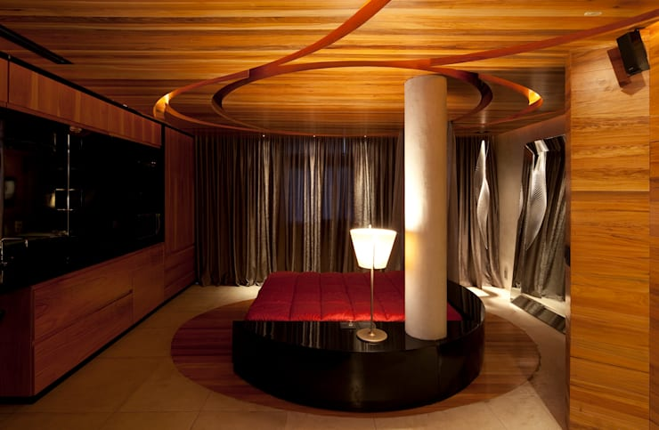 Studio no Leblon: Quartos  por Mareines+Patalano Arquitetura