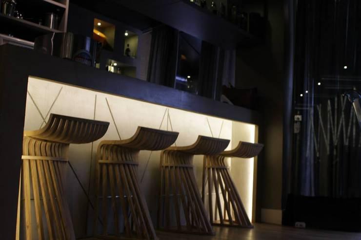 BAR: Espaços gastronômicos  por Gabriela Herde Arquitetura & Design