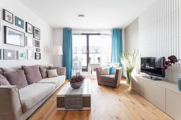Mieszkanie – Warszawa – 85 m2: styl , w kategorii Salon zaprojektowany przez Mprojekt