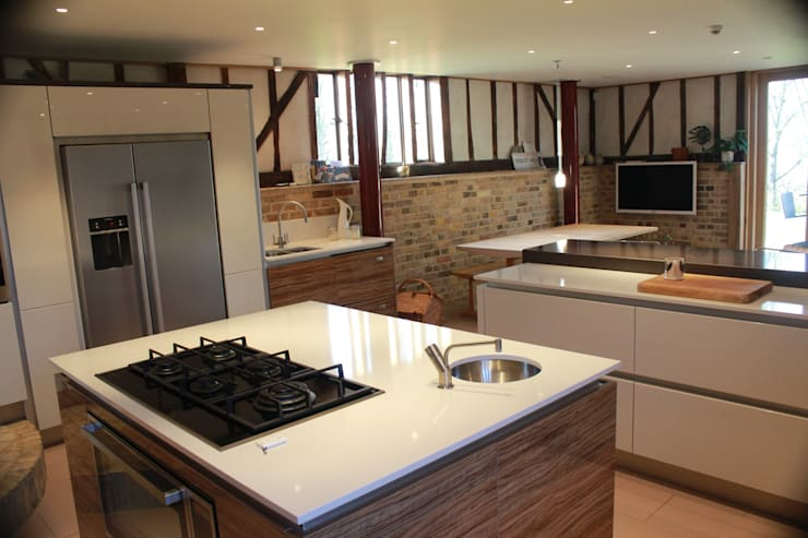 Barn Conversion: eclectic Kitchen by Studio3Kitchens