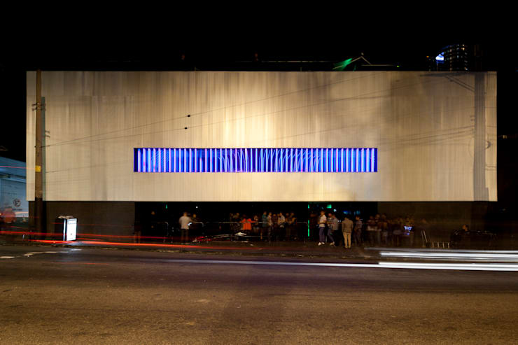 D-Edge: Bares e clubes  por Zemel+ ARQUITETOS