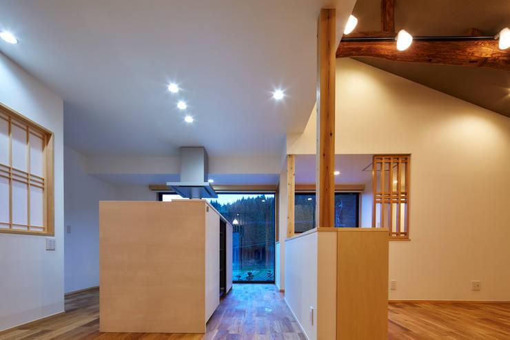 LDK2: 川良昌宏建築設計事務所 Kawara Masahiro Architect Officeが手掛けたです。