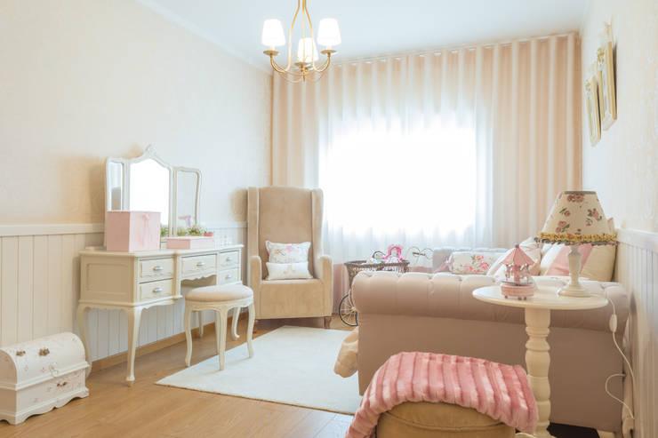 Habitaciones infantiles de estilo  por Ângela Pinheiro Home Design