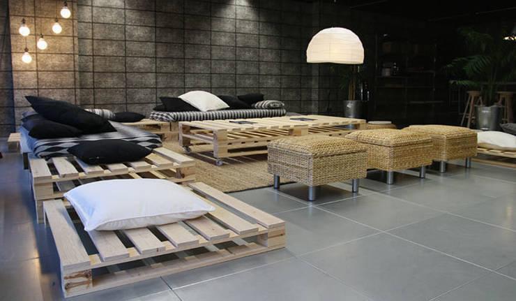 Creapolis <q>Workshop</q>. Sant Cugat del Vallés. 2011: Salones de eventos de estilo  de Deu i Deu