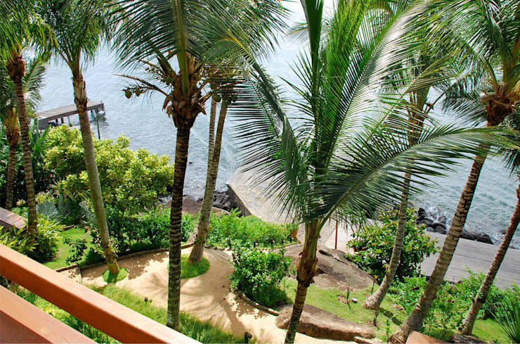 Residência FS - Ilhabela, SP: Jardins  por Gil Fialho Paisagismo