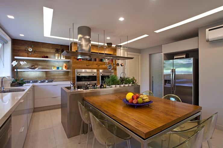 Projeto Cozinha - Barra:   por Andrea Chicharo Arquitetura