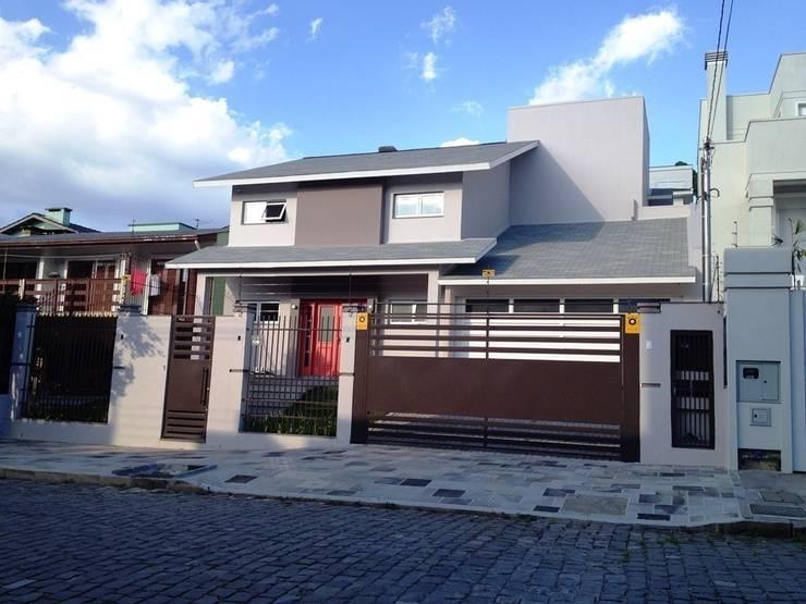 Casas de estilo  por Tuti Arquitetura