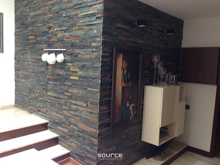 Pasillos y vestíbulos de estilo  por Source Architecture