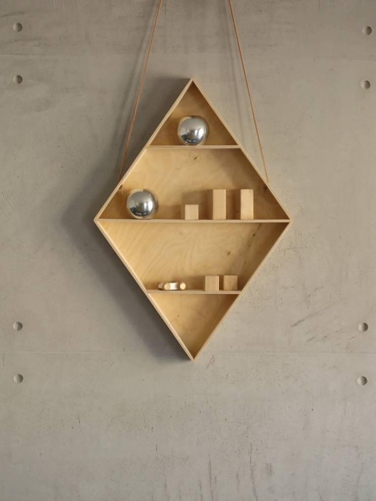 Półka romb: styl , w kategorii Pokój dziecięcy zaprojektowany przez BELMAM