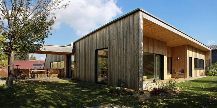 Haus Scheiber: minimalistische Häuser von zauner I architektur
