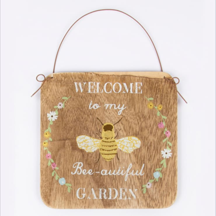 Welcome to my Bee - autiful Garden sign - rustic hanging bees plaque:  Garden  by Tittlemouse