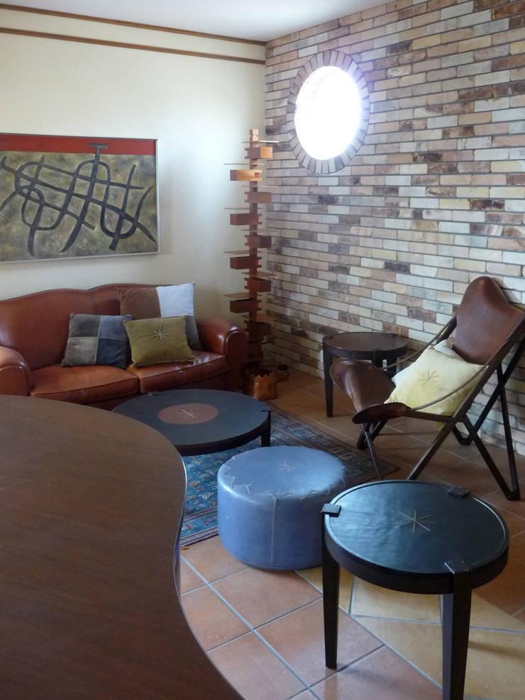 多目的な部屋: スタジオドディチが手掛けた和室です。