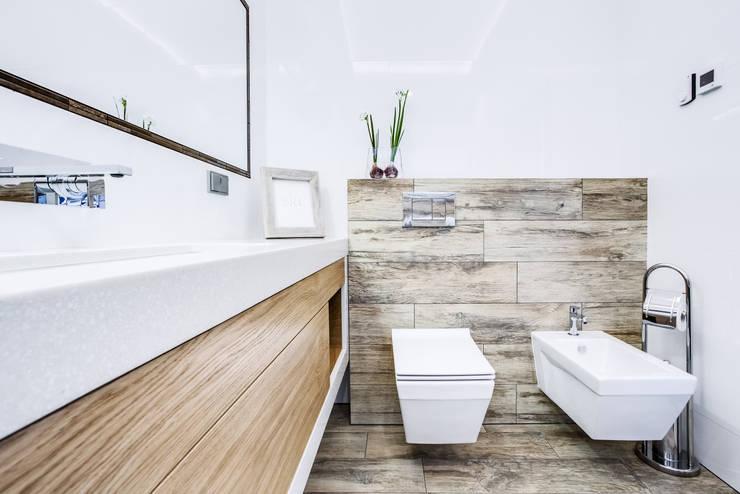 Ванные комнаты в . Автор – DK architektura wnętrz