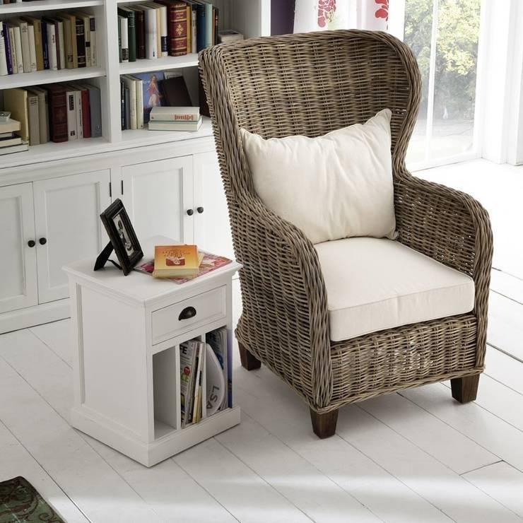 Masywny fotel z drewna rattanowego: styl , w kategorii  zaprojektowany przez Seart,Śródziemnomorski