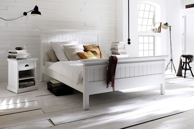 scandinavian Bedroom by Seart