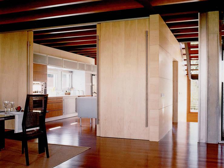 ห้องทานข้าว by Artigas Arquitectes