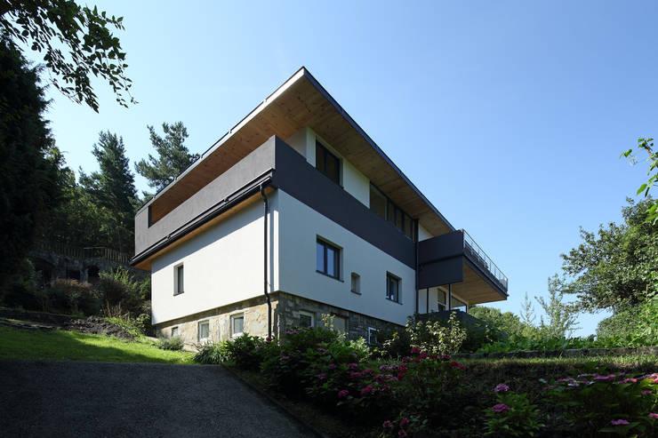 Sanierung und Erweiterung Wienerwaldhaus:  Häuser von wessely architektur