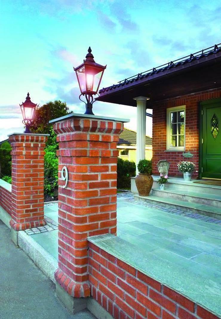 Lampy : styl , w kategorii Domy zaprojektowany przez Hortum.co