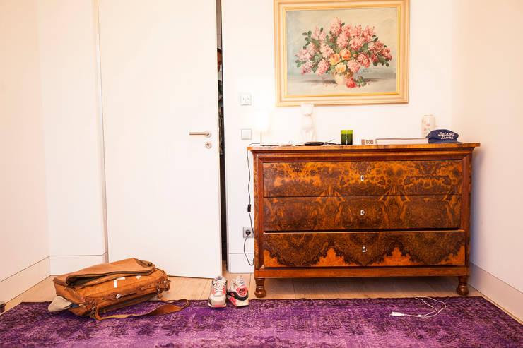 KIM LAYANI Teppiche:  Wände & Boden von KIM LAYANI Teppiche/ Carpets