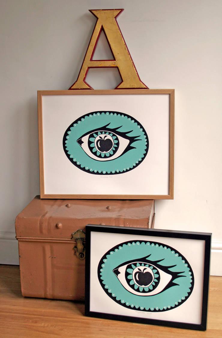 Apple in my eye Print:  Artwork by Mary Fellows