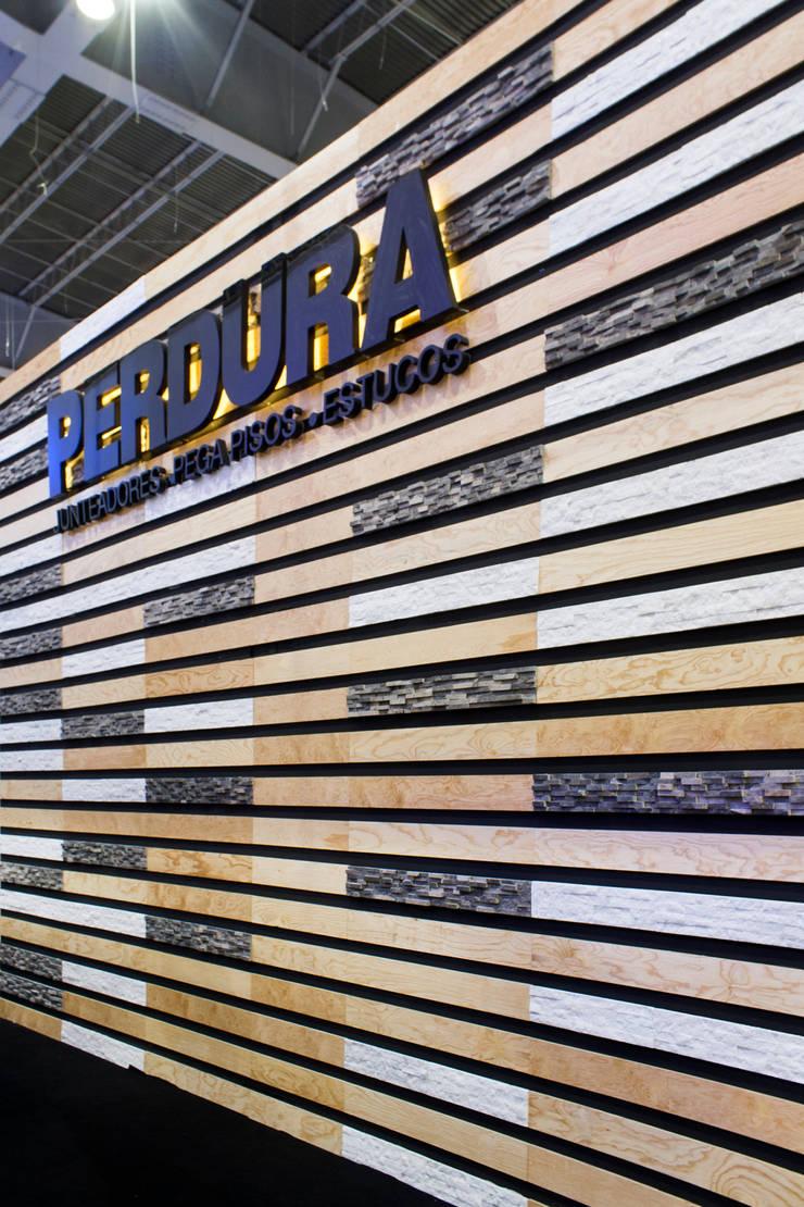 Pabellón Perdura ExpoCIHAC 2014 : Centros de exhibiciones de estilo  por Mecate Studio