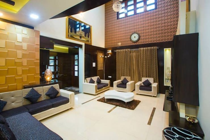 Mr Mulla Residence : classic Living room by Srujan Interiors & Architects Pvt Ltd