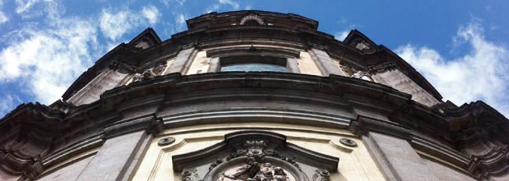 consolidación de fachada BASILICA DE SAN MIGUEL estudiocincocincouno 2011: Casas de estilo  de estudio551