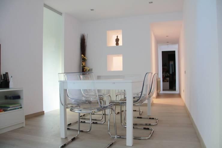 Ruang Makan Minimalis Oleh Alcazar Construcciones Minimalis