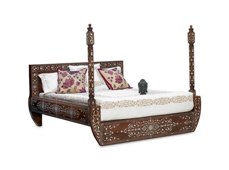 Entre dos Mundos: Dormitorios de estilo  de El Palacio Damasceno