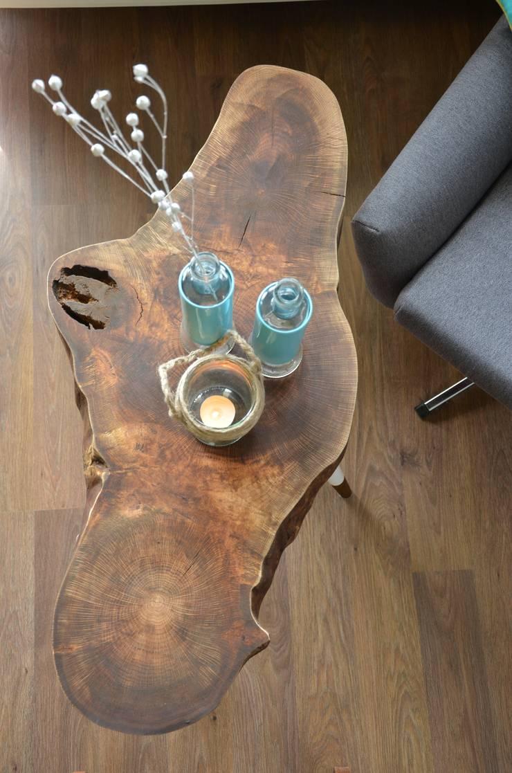 3 Brown STILL WOOD stolik kawowy: styl , w kategorii Salon zaprojektowany przez D2 Studio