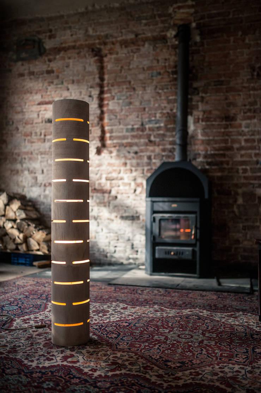 floor lamp from bent plywood_1: styl , w kategorii Salon zaprojektowany przez żyrRafo
