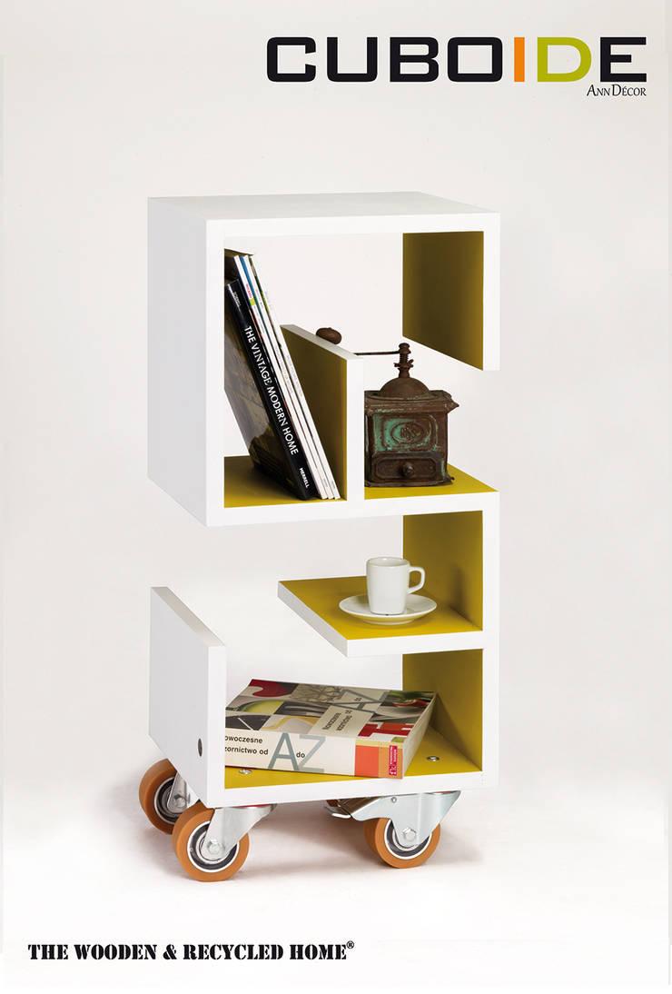 Cuboide - szafka pomocnik model 29: styl , w kategorii Salon zaprojektowany przez Ann Decor - The Wooden & Recycled Home
