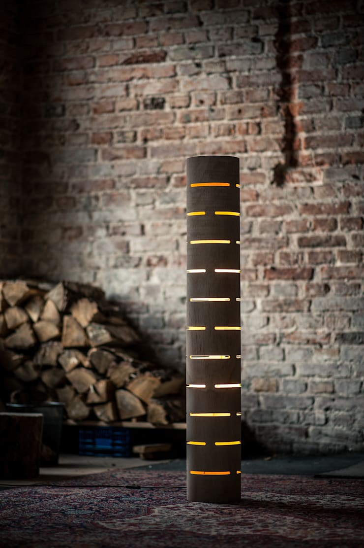 floor lamp from bent plywood_1: styl , w kategorii Sypialnia zaprojektowany przez żyrRafo