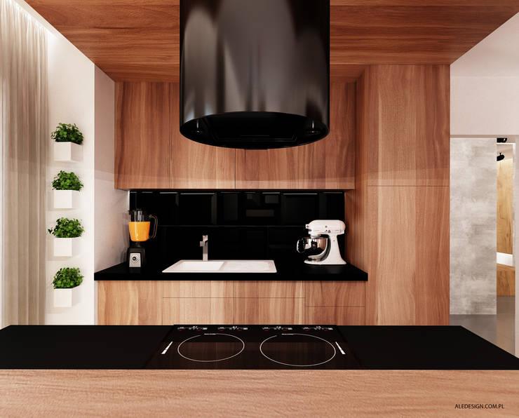 Salon w czerni i czerwieni: styl , w kategorii Salon zaprojektowany przez Ale design Grzegorz Grzywacz