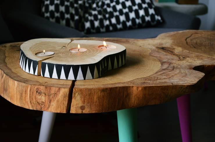 3 COLOR STILL WOOD - Stolik kawowy: styl , w kategorii Salon zaprojektowany przez D2 Studio