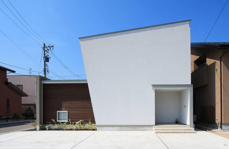 Houses by 福田康紀建築計画, Modern