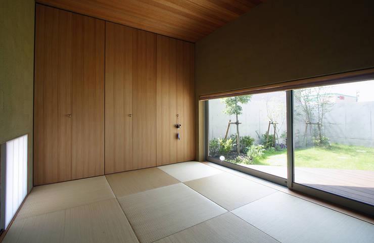 Media room by 福田康紀建築計画, Modern