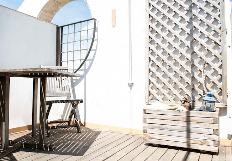 Terraza Molins de Rei: Jardines de estilo  de muxo Studio