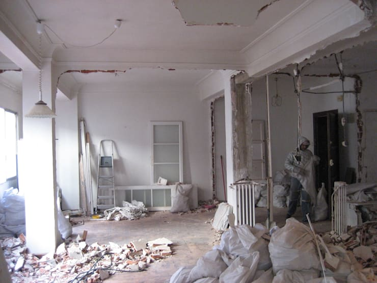 Demolición:  de estilo  de B-mice Design + Architecture