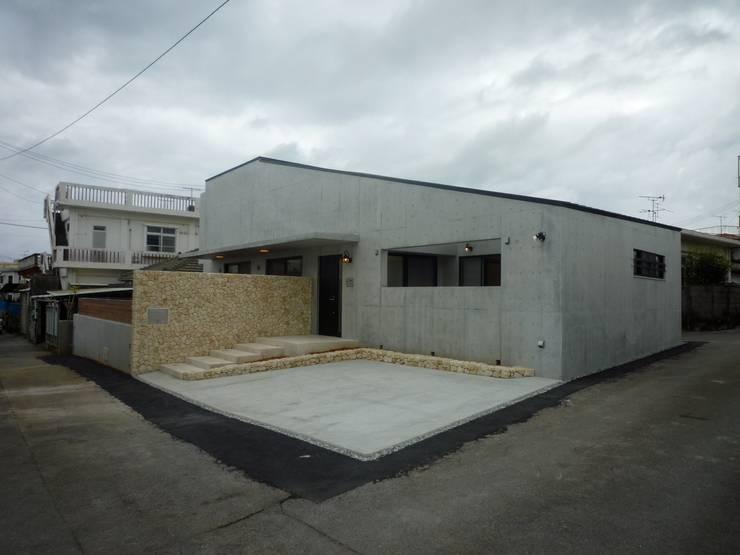 石壁の家: プラソ建築設計事務所が手掛けた家です。