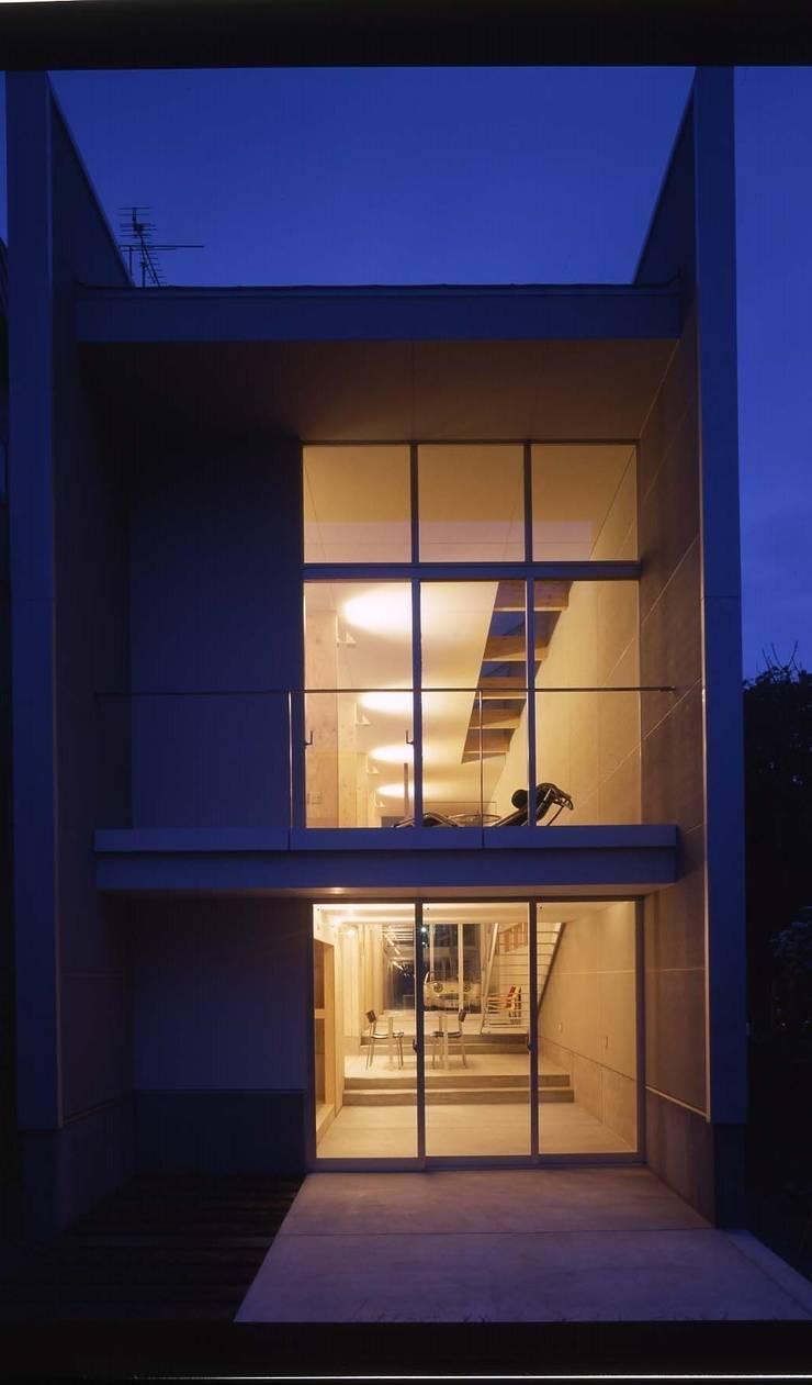 途上の家: 畠中 秀幸 × スタジオ・シンフォニカ有限会社が手掛けた家です。