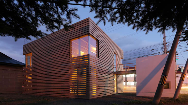 ミニマリストの家: 畠中 秀幸 × スタジオ・シンフォニカ有限会社が手掛けた家です。