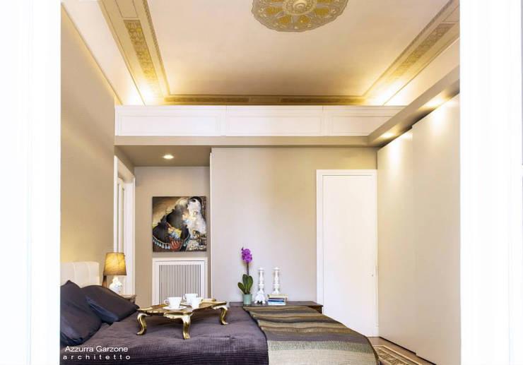 Casa privata BARI. QUARTIERE MURAT, Palazzo primi anni '20.: Camera da letto in stile  di Azzurra Garzone architetto