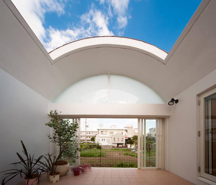 長閑の家: プラソ建築設計事務所が手掛けたテラス・ベランダです。