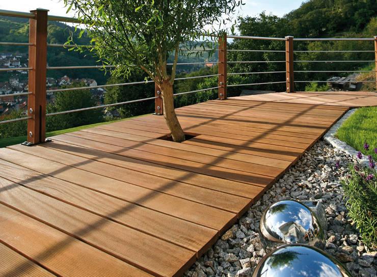 露臺 by Braun & Würfele - Holz im Garten