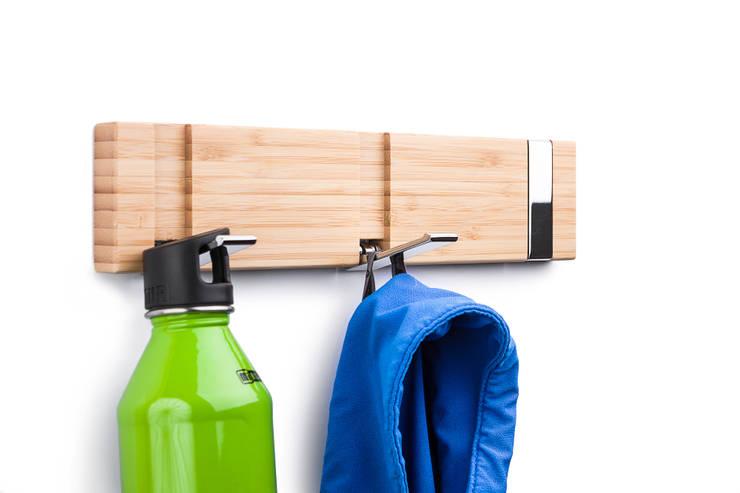 flip three bamboo:  Flur, Diele & Treppenhaus von flip designs,