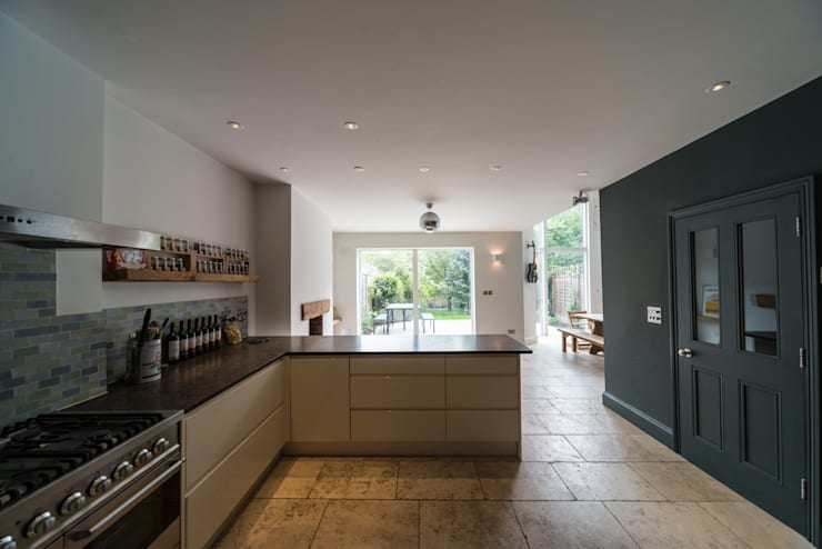 Muswell Hill: modern Kitchen by Goldsmith Architects