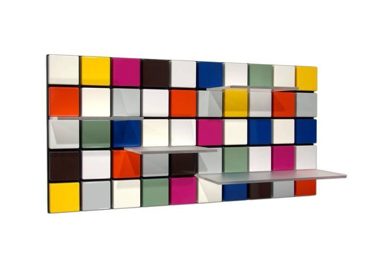 flip confetti:  Flur, Diele & Treppenhaus von flip designs